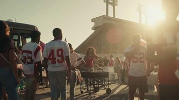 Coors Light TV Spot, 'Tailgate Flip' - Thumbnail 1