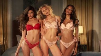 Victoria's Secret TV Spot, 'Bras for 35 Dollars or Less' Song by Lindstrom & Christabelle - Thumbnail 8