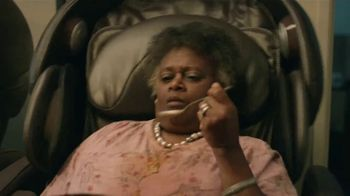 GEICO TV Spot, 'Massage Chairs Reduce Home-Buying Stress' - Thumbnail 4