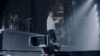 State Farm TV Spot, 'Neighborhood of Good With Panic! At the Disco' Featuring Brendon Urie - Thumbnail 3
