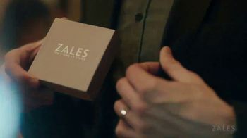 Zales Last Minute Sale TV Spot, 'Last Minute Specials: Diamond Bracelets' Song by Louis Armstrong