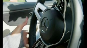 Mercedes-Benz A-Class TV Spot, 'ESPN: Maria Taylor's A-Class Bucket List: Basketball With Nick Saban' [T1] - Thumbnail 3