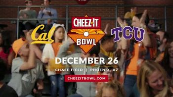 2018 Cheez-It Bowl TV Spot, 'New Holiday Tradition' - Thumbnail 10