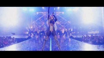 Jennifer Lopez It's My Party TV Spot, 'Time to Party' - Thumbnail 8