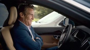 Esurance TV Spot, 'Safe and Unsafe Drivers' Featuring Dennis Quaid - Thumbnail 10