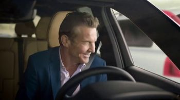 Esurance TV Spot, 'Safe and Unsafe Drivers' Featuring Dennis Quaid - Thumbnail 8