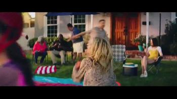 Big Lots TV Spot, 'Party: Innisbrook Dining Set' - Thumbnail 2
