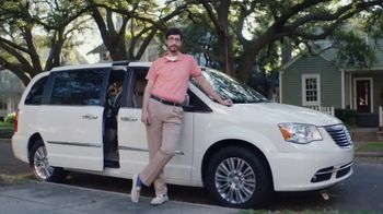 NAPA Auto Parts Love Your Car Month TV Spot, 'NAPA Bucket: Fill and Save' - Thumbnail 3