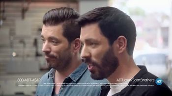 ADT TV Spot, 'DIY Fails with the Scott Brothers' Featuring Jonathan and Drew Scott - Thumbnail 7