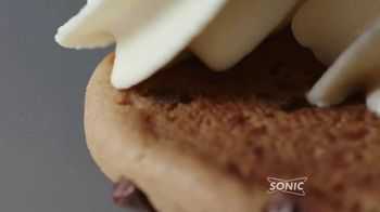 Sonic Drive-In Ice Cream Cookie Sandwiches TV Spot, 'Reunion Tour' - Thumbnail 4