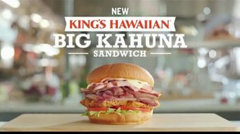 Arby's King's Hawaiian Big Kahuna Sandwich TV Spot, 'What's on It' Featuring H. Jon Benjamin, Song by YOGI - Thumbnail 7