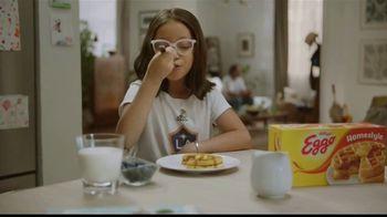 EGGO Homestyle Waffles TV Spot, '¡Gol!' [Spanish]