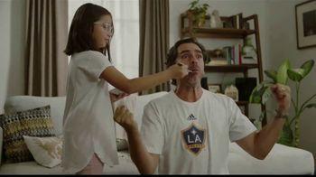 EGGO Homestyle Waffles TV Spot, '¡Gol!' [Spanish] - Thumbnail 7