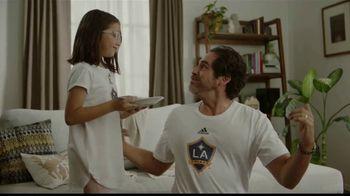 EGGO Homestyle Waffles TV Spot, '¡Gol!' [Spanish] - Thumbnail 8