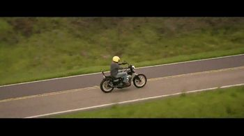 GEICO Motorcycle TV Spot, 'Jackhammer' Song by Whitesnake - Thumbnail 4