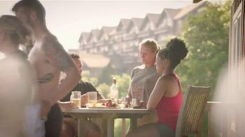 Arkansas Department of Parks & Tourism TV Spot, 'Road Trip: Mount Magazine State Park' - Thumbnail 3