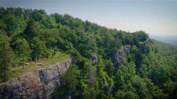 Arkansas Department of Parks & Tourism TV Spot, 'Road Trip: Mount Magazine State Park' - Thumbnail 5