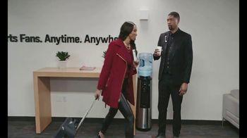 Samsung Galaxy S10+ TV Spot, 'ESPN: Time of the Year' Featuring Jalen Rose, Maria Taylor - Thumbnail 7