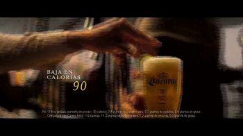 Corona Premier TV Spot, 'Expectativas' canción de Lee Fields & The Expressions [Spanish] - Thumbnail 5