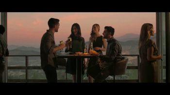 Corona Premier TV Spot, 'Expectativas' canción de Lee Fields & The Expressions [Spanish] - Thumbnail 9