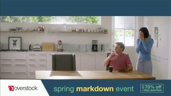Overstock.com Spring Markdown Event TV Spot, 'Table Runner' - Thumbnail 3