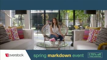 Overstock.com Spring Markdown Event TV Spot, 'Table Runner' - Thumbnail 7