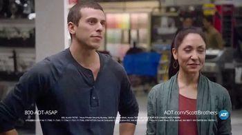 ADT TV Spot, 'DIY Fails' Featuring Jonathan Scott, Drew Scott - Thumbnail 9