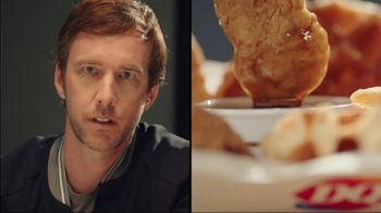 Dairy Queen Chicken & Waffles Basket TV Spot, 'Date Night at DQ' - Thumbnail 2