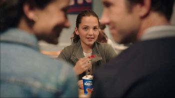 Dairy Queen Chicken & Waffles Basket TV Spot, 'Date Night at DQ' - Thumbnail 6