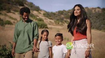 Garnier Whole Blends Honey Treasures Miracle Nectar TV Spot, 'Mezclado con miel' canción de Alana Yorke [Spanish] - 385 commercial airings
