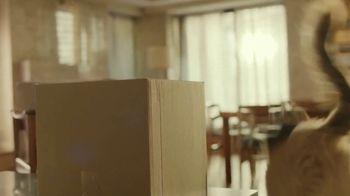 Iams TV Spot, 'Who I Am: Izzy'