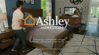 Ashley HomeStore Spring Home Event TV Spot, '25 Percent Off' Song by Midnight Riot - Thumbnail 8