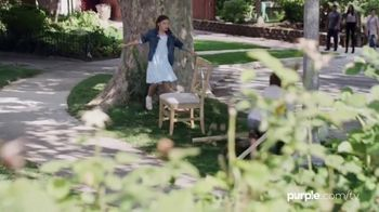 Purple Mattress TV Spot, 'Neighbors: Purple Pillow' - Thumbnail 8