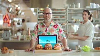 Arby's King's Hawaiian Sandwiches TV Spot, 'Isle of Buns' Featuring H. Jon Benjamin, Song by YOGI - Thumbnail 7