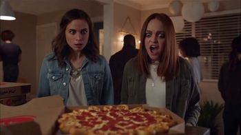 Pizza Hut Ultimate Cheesy Crust Pizza TV Spot, 'Look at That Crust' Song by Sir Mix-a-Lot