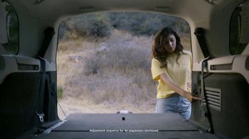 Land Rover Own the Adventure Sales Event TV Spot, 'Electronic Air Suspension: Dog' [T2] - Thumbnail 4