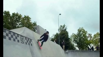 Vans TV Spot, 'Show Me a Trick' - Thumbnail 8