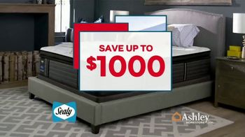 Ashley HomeStore Presidents Day Mattress Sale TV Spot, 'Sealy & Ashley Sleep' Song by Midnight Riot - Thumbnail 3