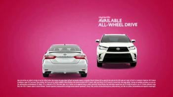 Toyota Sweetheart Deals Sales Event TV Spot, 'Swing In: Highlander and Camry' [T2] - Thumbnail 3