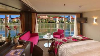 Avalon Waterways TV Spot, 'HGTV: Show Off Your View' - Thumbnail 1