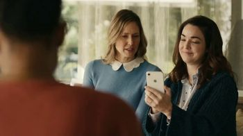 Apple iPhone TV Spot, 'Bokeh'd' - Thumbnail 2