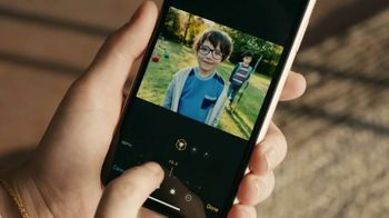 Apple iPhone TV Spot, 'Bokeh'd' - Thumbnail 7