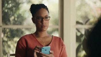 Apple iPhone TV Spot, 'Bokeh'd' - Thumbnail 9