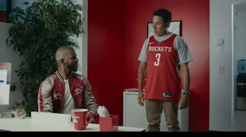 State Farm TV Spot, 'Triple Threat' Featuring Chris Paul, Oscar Nuñez - Thumbnail 2