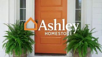 Ashley HomeStore Presidents Day Mattress Sale TV Spot, 'Final Week: Adjustable Mattress Sets' Song by Midnight Riot - Thumbnail 1