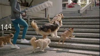 Dr. Scholl's Orthotics TV Spot, 'Dog Walker' - Thumbnail 3