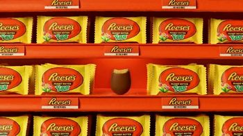 Reese's Peanut Butter Egg TV Spot, 'Easter: In Plain Sight' - Thumbnail 5