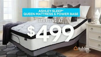 Ashley HomeStore Presidents Day Mattress Sale TV Spot, 'Final Week: Queen Mattress & Power Base' Song by Midnight Riot - Thumbnail 5