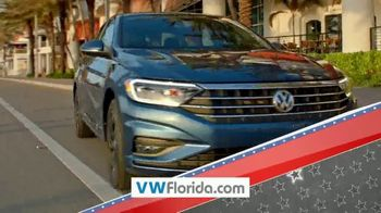Volkswagen Presidents Day Deals TV Spot, 'Florida: Drive Home a Winner' [T2] - Thumbnail 2