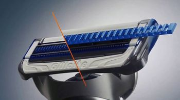 Gillette SkinGuard TV Spot, 'A Razor Just for Men' - Thumbnail 5